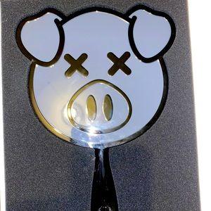 Jeffree star x Shane Dawson black pig mirror